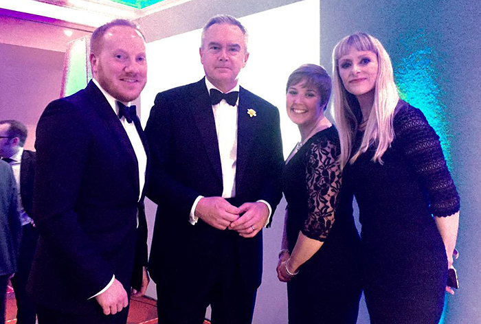 RoathCardiff.net Team And Huw Edwards At Wales Media Awards 2015